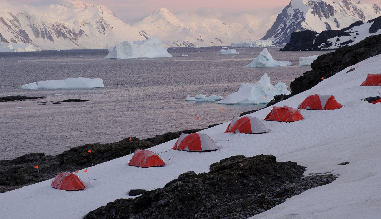 Horseshoe_Island_camping-by-Polar_Latitudes-_SLIDER